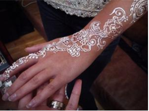 What Is This White Henna Trend Camara Colombia India De